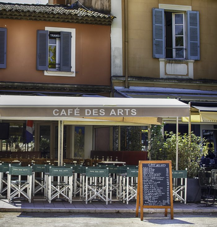 Cafe in downtown Saint Tropez